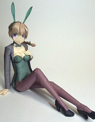 strike-witches-lynette-bishop-papercraft